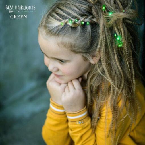 hairlights ingevlochten bij kind